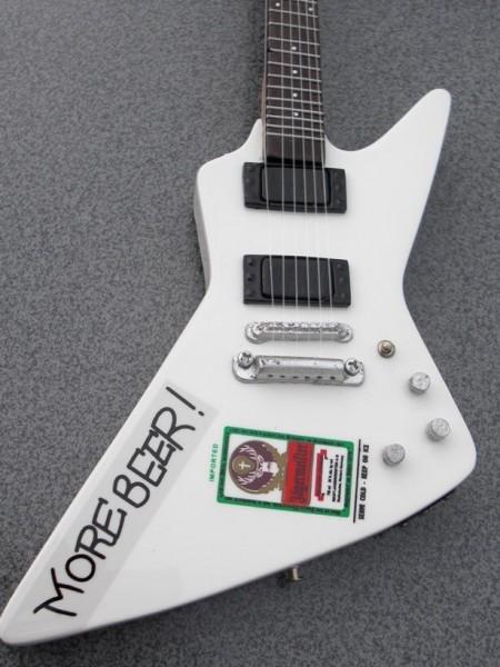 james hetfied metallica miniature guitar rgm156