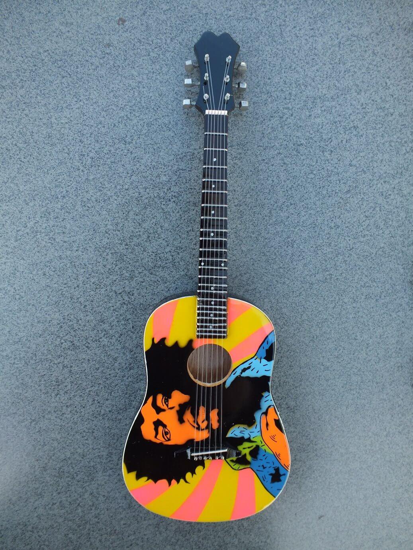 jimi hendrix acoustic miniature guitar rgm157. Black Bedroom Furniture Sets. Home Design Ideas