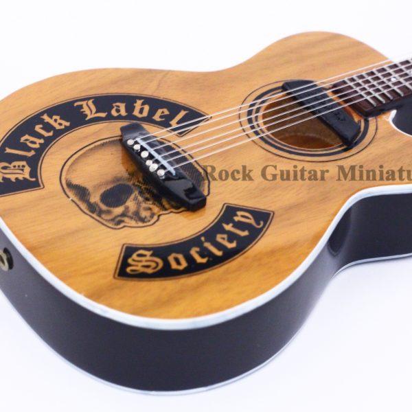 zakk wylde moderne of doom miniature guitar rgm248. Black Bedroom Furniture Sets. Home Design Ideas